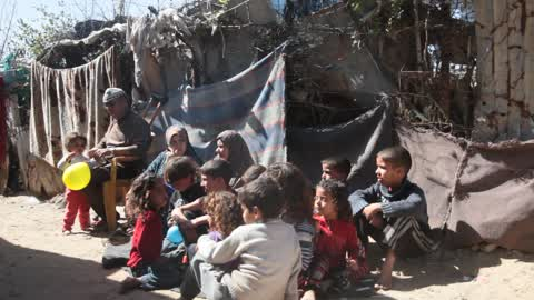 Life Inside a Poor Area In Gaza