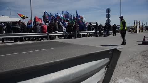 Bulgarian Nationalists blocked Bulgarian-Turkish border