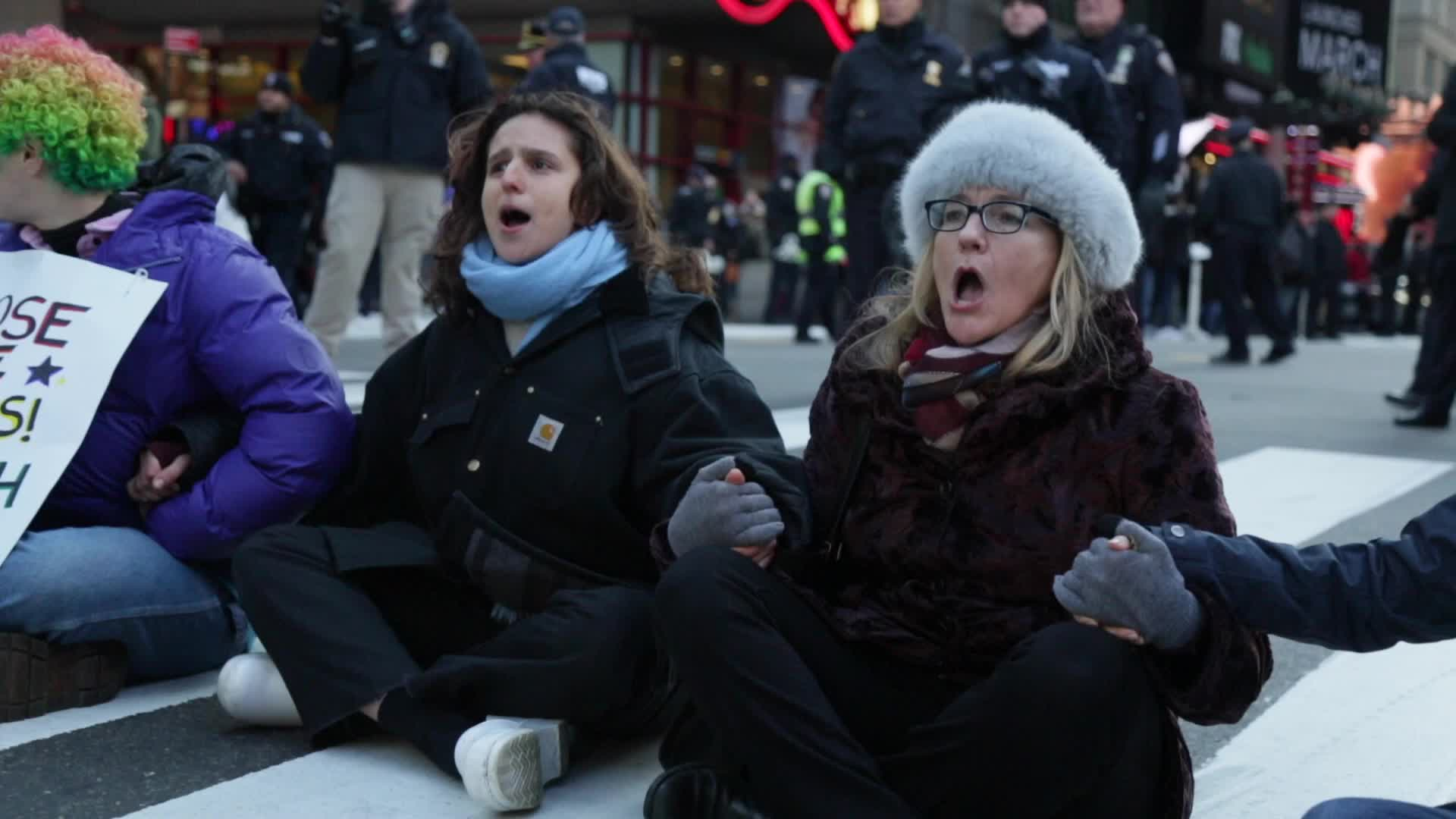 Protesters arrested at rally against ICE in Manhattan