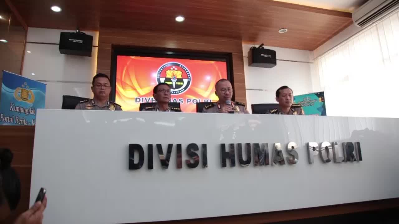 Indonesian Police Press Conference About Bombing Kampung Melayu