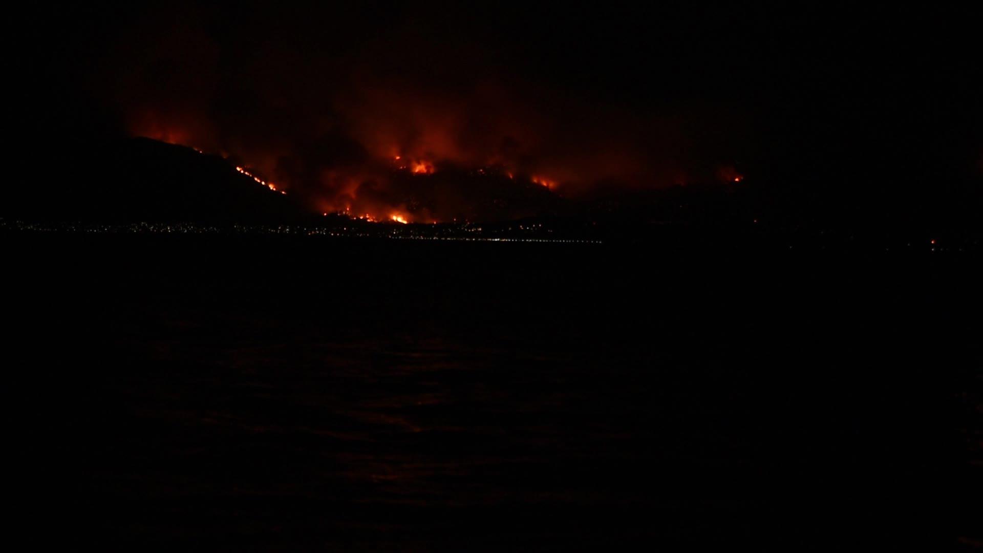 Massive wildfire burning in Kalamos Attika